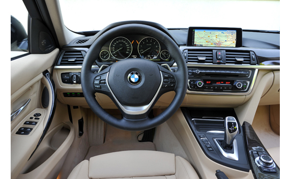 BMW3ツーリング 室内